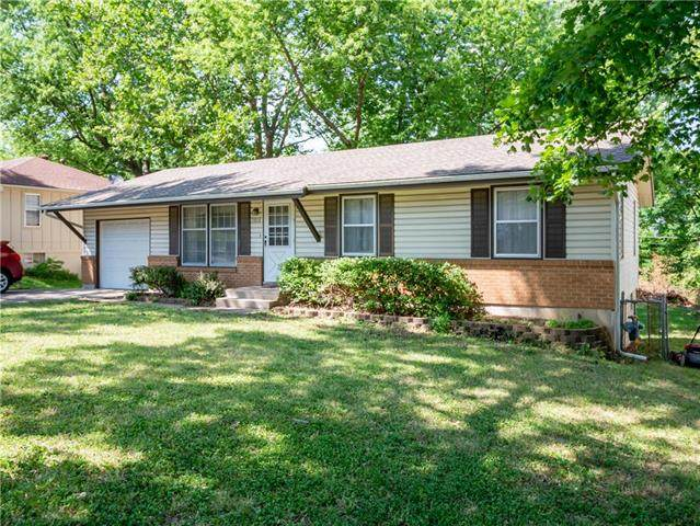 15804 E 35th Street, Independence, MO 64055 (#2228938) :: Edie Waters Network