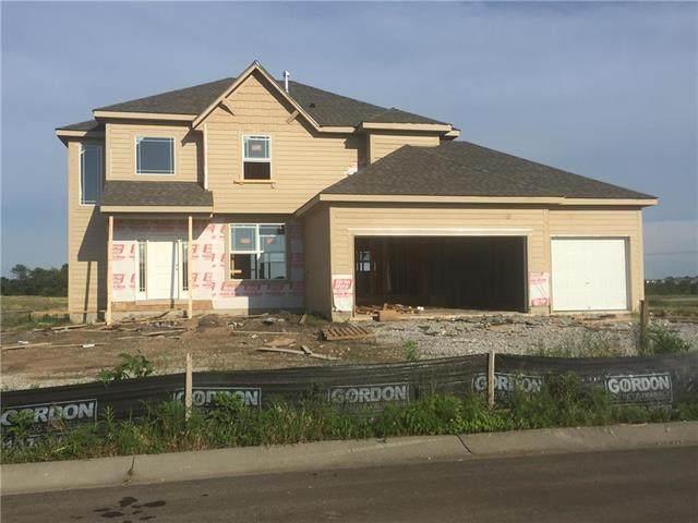 1219 N 133rd Terrace, Kansas City, KS 66109 (#2228955) :: House of Couse Group