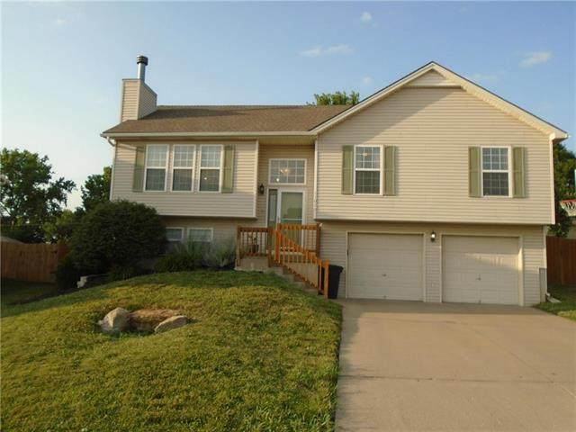 11020 Rowland Court, Kansas City, KS 66109 (#2228985) :: NestWork Homes