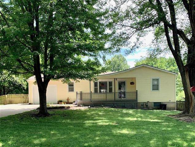 17415 Montgall Drive, Belton, MO 64012 (#2229038) :: Five-Star Homes