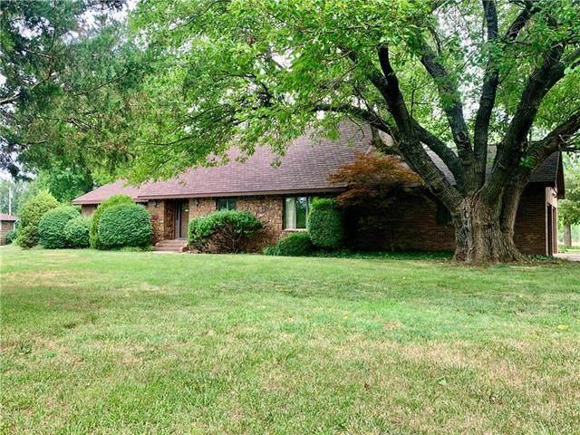 17 Golf View Drive, Fort Scott, KS 66701 (#2229053) :: Dani Beyer Real Estate