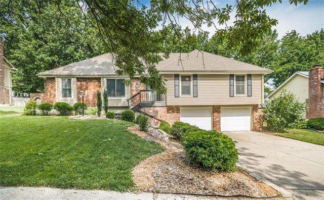 5809 N Norton Avenue, Gladstone, MO 64119 (#2229064) :: House of Couse Group