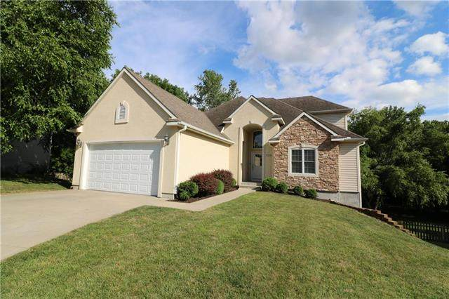 520 Edgewood Drive, Warrensburg, MO 64093 (#2229065) :: Eric Craig Real Estate Team