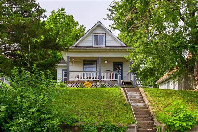 2914 Lafayette Street, St Joseph, MO 64507 (#2229069) :: Jessup Homes Real Estate | RE/MAX Infinity
