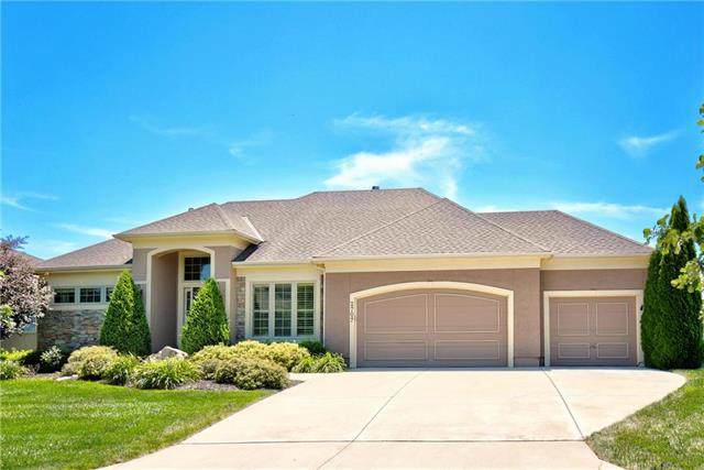 2707 W 146th Street, Leawood, KS 66224 (#2229127) :: The Shannon Lyon Group - ReeceNichols