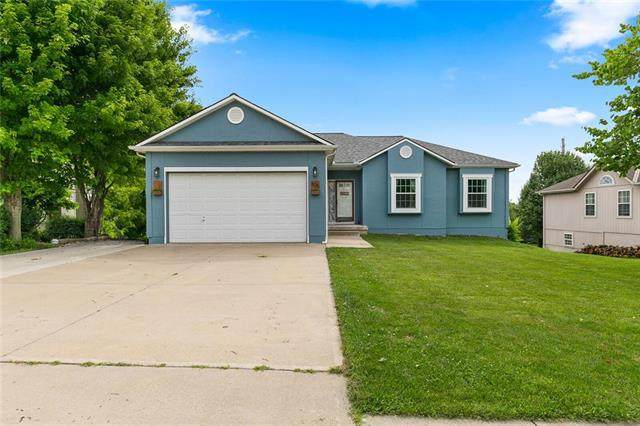 605 Derby Street, Raymore, MO 64083 (#2229134) :: House of Couse Group