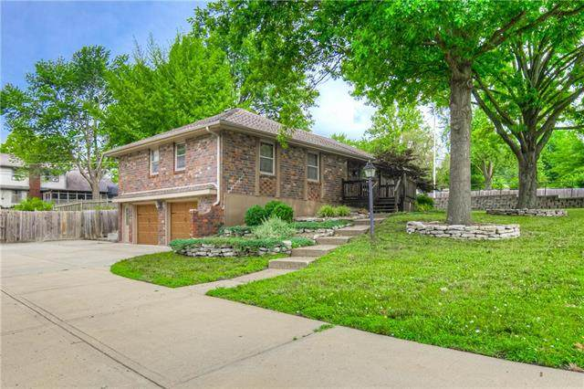 3900 S Grant Avenue, Independence, MO 64055 (#2229137) :: House of Couse Group