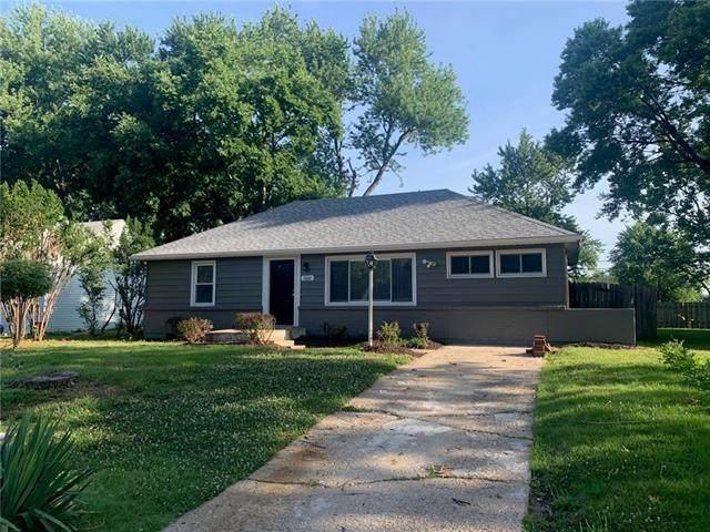 3822 NE 52nd Terrace, Kansas City, MO 64119 (#2229145) :: House of Couse Group