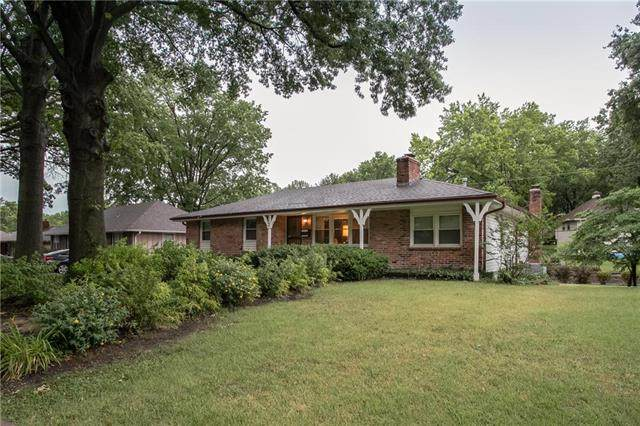 513 E Linwood Avenue, Independence, MO 64055 (#2229146) :: House of Couse Group