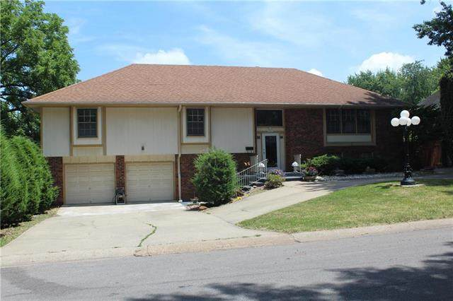 12413 Monroe Avenue, Grandview, MO 64030 (#2229246) :: Eric Craig Real Estate Team