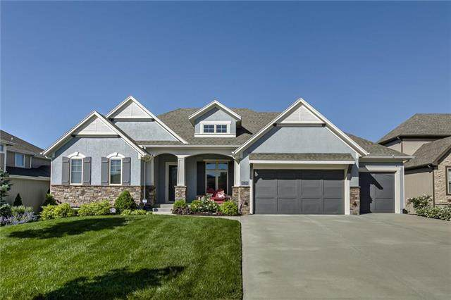 16200 Monrovia Street, Overland Park, KS 66221 (#2229359) :: The Gunselman Team
