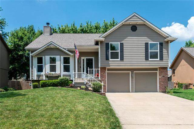 6442 Roundtree Street, Shawnee, KS 66226 (#2229531) :: Eric Craig Real Estate Team