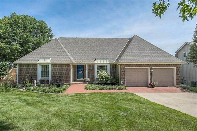 804 W 121 Street, Kansas City, MO 64145 (#2229559) :: Eric Craig Real Estate Team