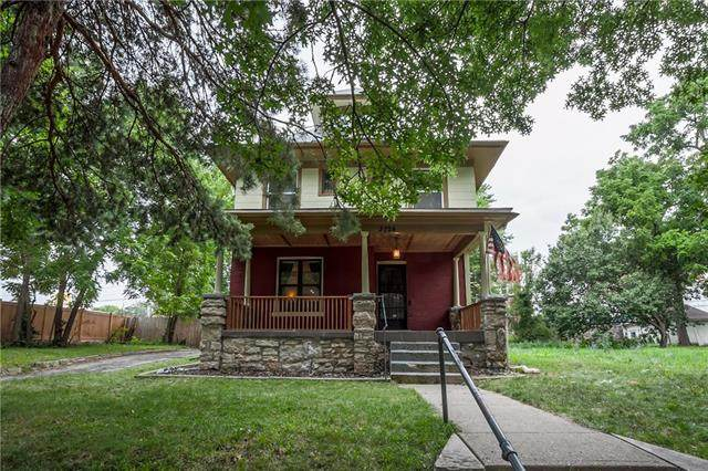 3724 Central Street, Kansas City, MO 64111 (#2229570) :: Geraldo Pazar