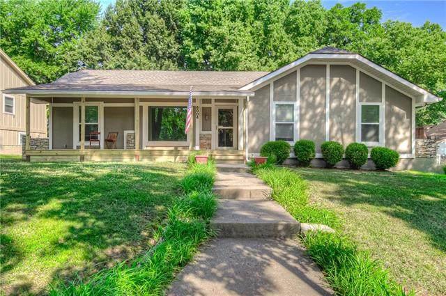 6004 N Strathbury Avenue, Kansas City, MO 64151 (#2229649) :: Eric Craig Real Estate Team