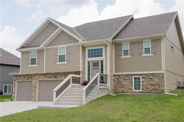 5711 N Hull Court, Kansas City, MO 64151 (#2229712) :: Eric Craig Real Estate Team
