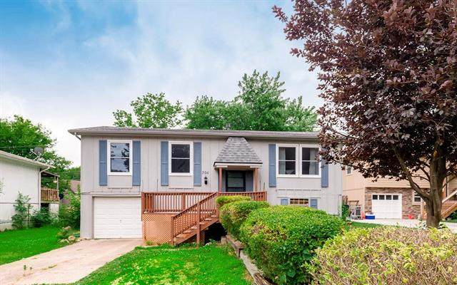 504 W 4th Street, Edgerton, KS 66021 (#2229717) :: Eric Craig Real Estate Team
