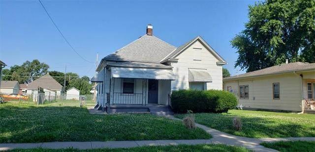 6022 Meade Street, St Joseph, MO 64504 (#2229804) :: Eric Craig Real Estate Team