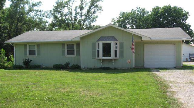 410 Taylor Street, Pomona, KS 66076 (#2229810) :: Jessup Homes Real Estate | RE/MAX Infinity