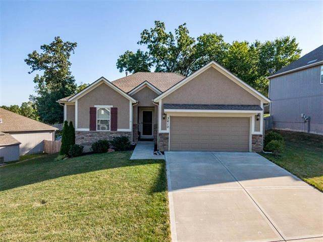 3610 N 112th Terrace, Kansas City, KS 66109 (#2229833) :: House of Couse Group