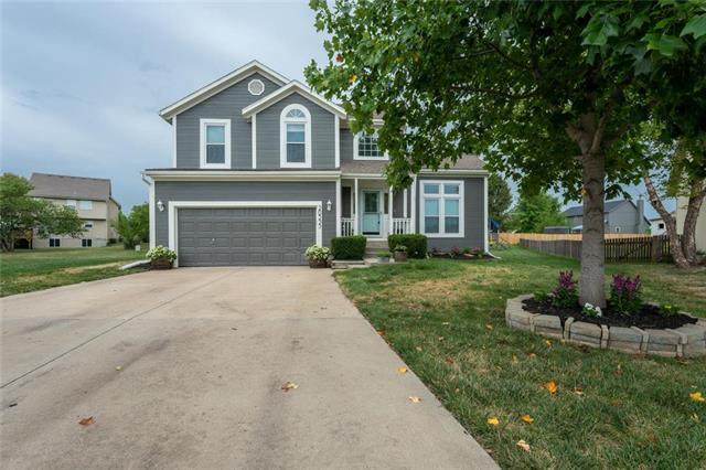 20355 Willow Court, Spring Hill, KS 66083 (#2229870) :: Team Real Estate