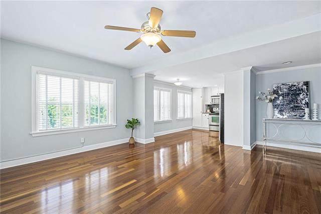323 Emanuel Cleaver II Boulevard 5E, Kansas City, MO 64112 (#2229884) :: Eric Craig Real Estate Team