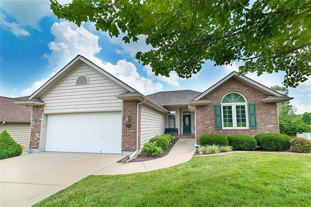1925 S Aztec Avenue, Independence, MO 64057 (#2229937) :: Five-Star Homes
