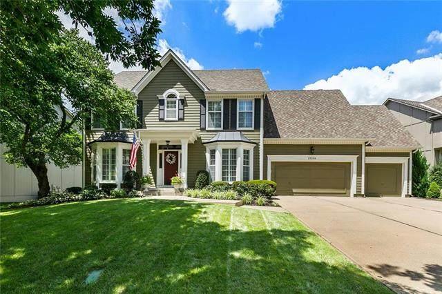 13206 Goddard Lane, Overland Park, KS 66213 (#2229952) :: House of Couse Group