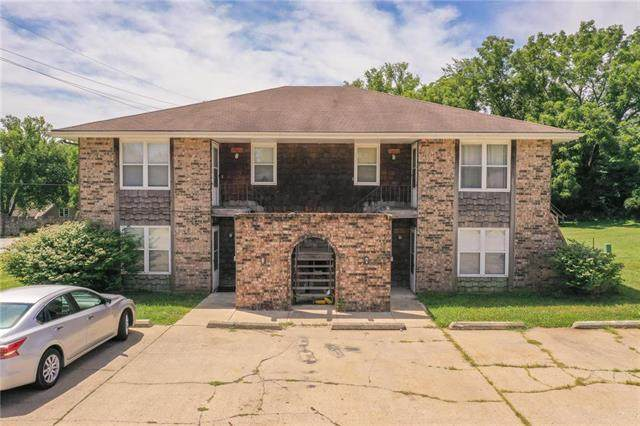 11427 E 71st Street, Raytown, MO 64133 (#2229988) :: House of Couse Group