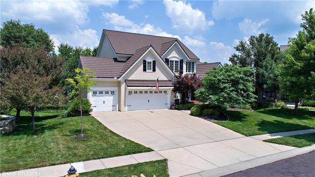 14733 Maple Street, Overland Park, KS 66223 (#2230187) :: The Shannon Lyon Group - ReeceNichols