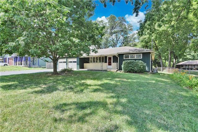 6400 W 53rd Street, Mission, KS 66202 (#2230236) :: Team Real Estate
