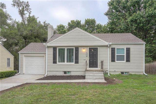 431 W 87th Street, Kansas City, MO 64114 (#2230300) :: House of Couse Group