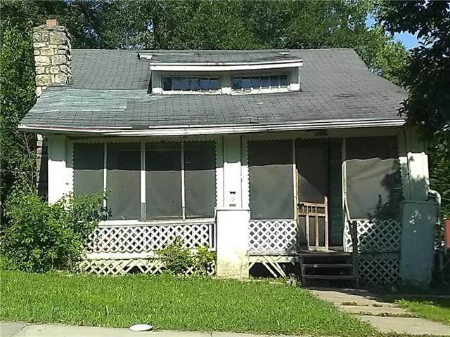 4239 Monroe Avenue, Kansas City, MO 64130 (#2230412) :: Audra Heller and Associates