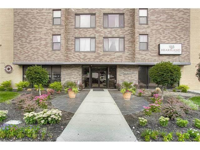 700 E 8th Street 7J, Kansas City, MO 64106 (#2230482) :: Five-Star Homes