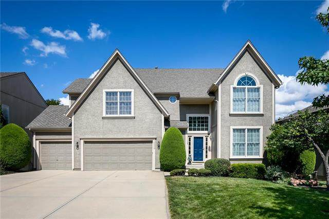 14339 Bluejacket Lane, Overland Park, KS 66221 (#2230550) :: The Shannon Lyon Group - ReeceNichols