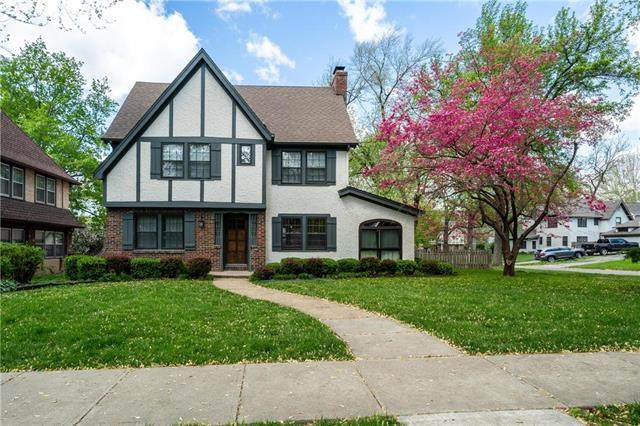 2 W Winthrope Road, Kansas City, MO 64113 (#2230619) :: House of Couse Group