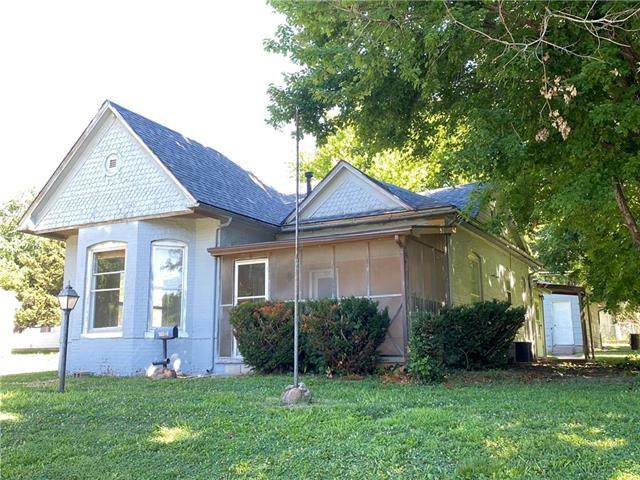 801 Harmon Street, St Joseph, MO 64504 (#2230646) :: Ron Henderson & Associates