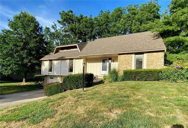 413 Tanglewood Drive, St Joseph, MO 64506 (#2230671) :: House of Couse Group