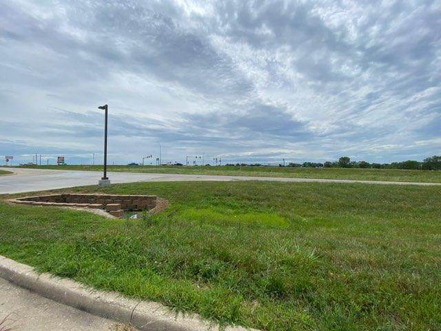 School Road, Peculiar, MO 64078 (MLS #2230724) :: Stone & Story Real Estate Group