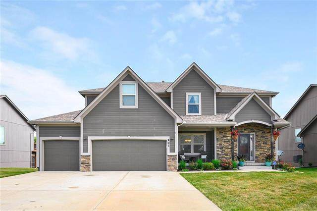 902 Eve Orchid Drive, Greenwood, MO 64034 (#2231157) :: Edie Waters Network