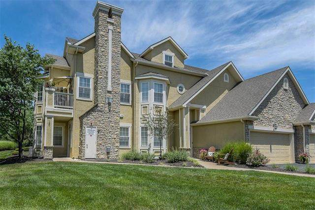 15910 Granada Street #220, Overland Park, KS 66085 (#2231374) :: Jessup Homes Real Estate   RE/MAX Infinity