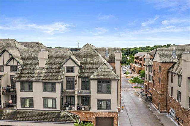 10531 Mission Road #301, Leawood, KS 66206 (#2231535) :: Five-Star Homes