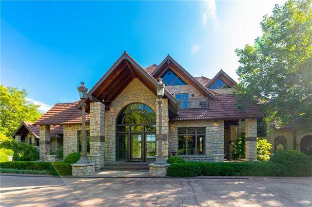 5225 Renner Road, Lake Quivira, KS 66217 (#2231631) :: Ron Henderson & Associates