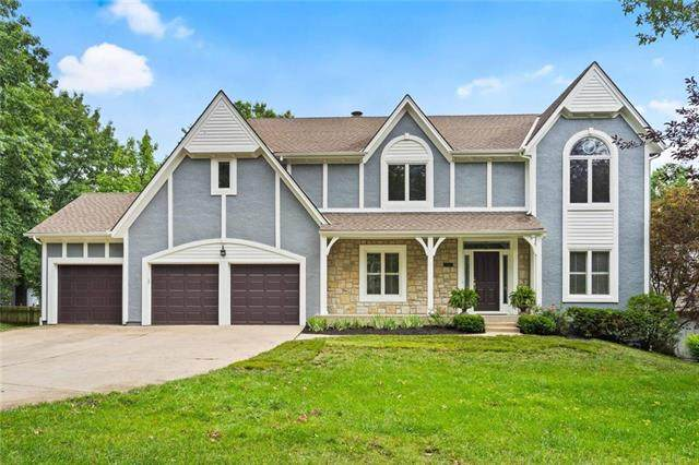 5813 Oakview Street, Shawnee, KS 66216 (#2231684) :: Ron Henderson & Associates