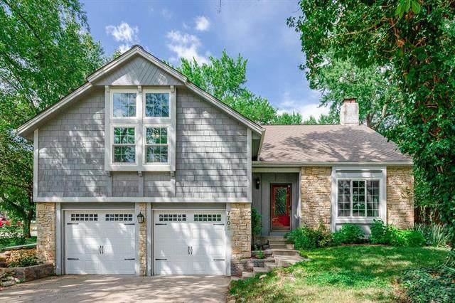 7703 Monrovia Street, Lenexa, KS 66216 (#2231702) :: House of Couse Group