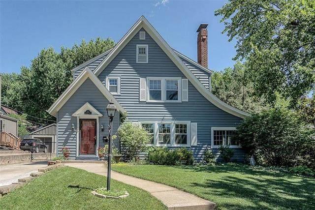 102 E 69th Terrace, Kansas City, MO 64113 (#2232070) :: House of Couse Group