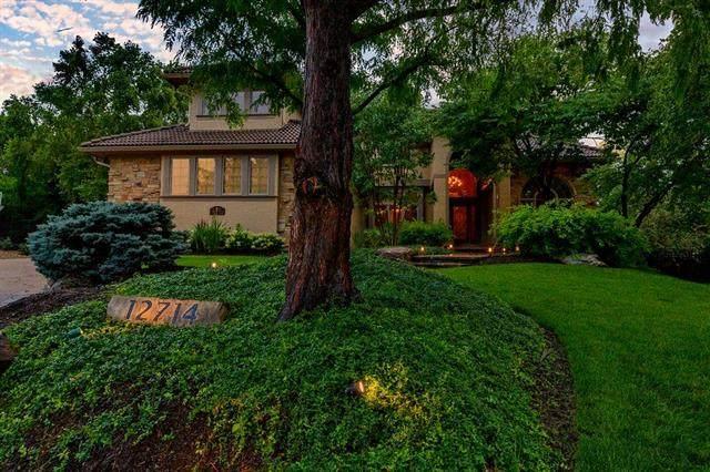 12714 Melrose Street, Overland Park, KS 66213 (#2232268) :: House of Couse Group