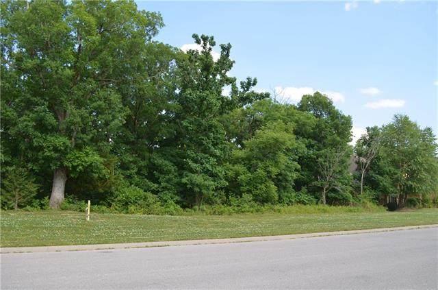 6912 N Norton Avenue, Gladstone, MO 64119 (#2232328) :: Five-Star Homes