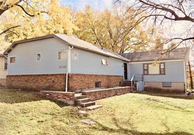 3603 E 57th Street, Kansas City, MO 64130 (#2232556) :: Jessup Homes Real Estate | RE/MAX Infinity