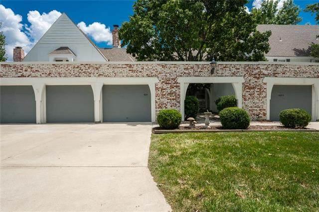 10211 Robinson Street, Overland Park, KS 66212 (#2232641) :: Team Real Estate